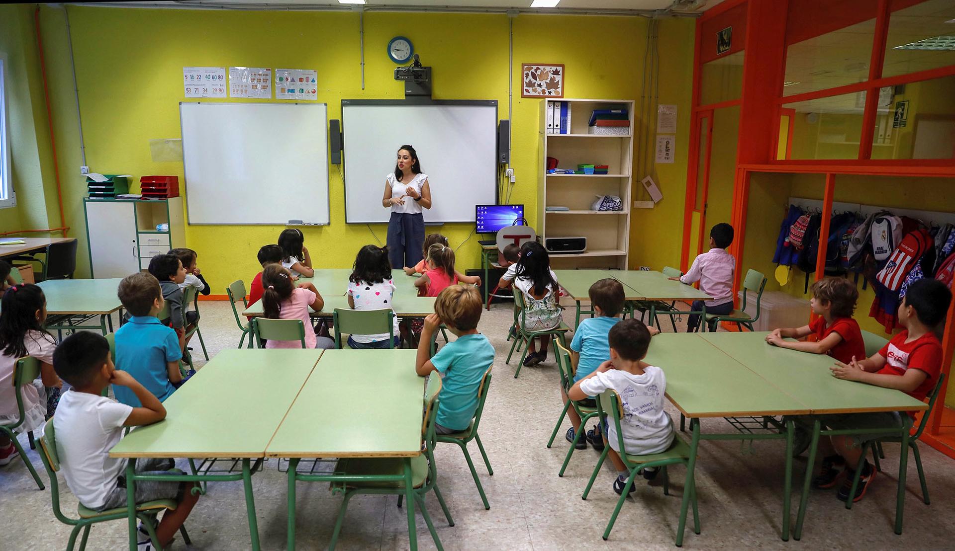 Перший день навчання після літніх канікул у початковій школі в Мадриді, Іспанія, 7 вересня 2018 року. Навчальний рік в Іспанії починається з 6 по 12 вересня, залежно від регіону
