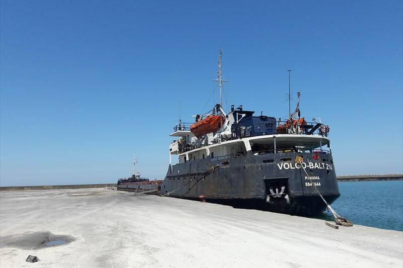 Вантажний корабель класу «ріка-море» «Волго-Балт 214»