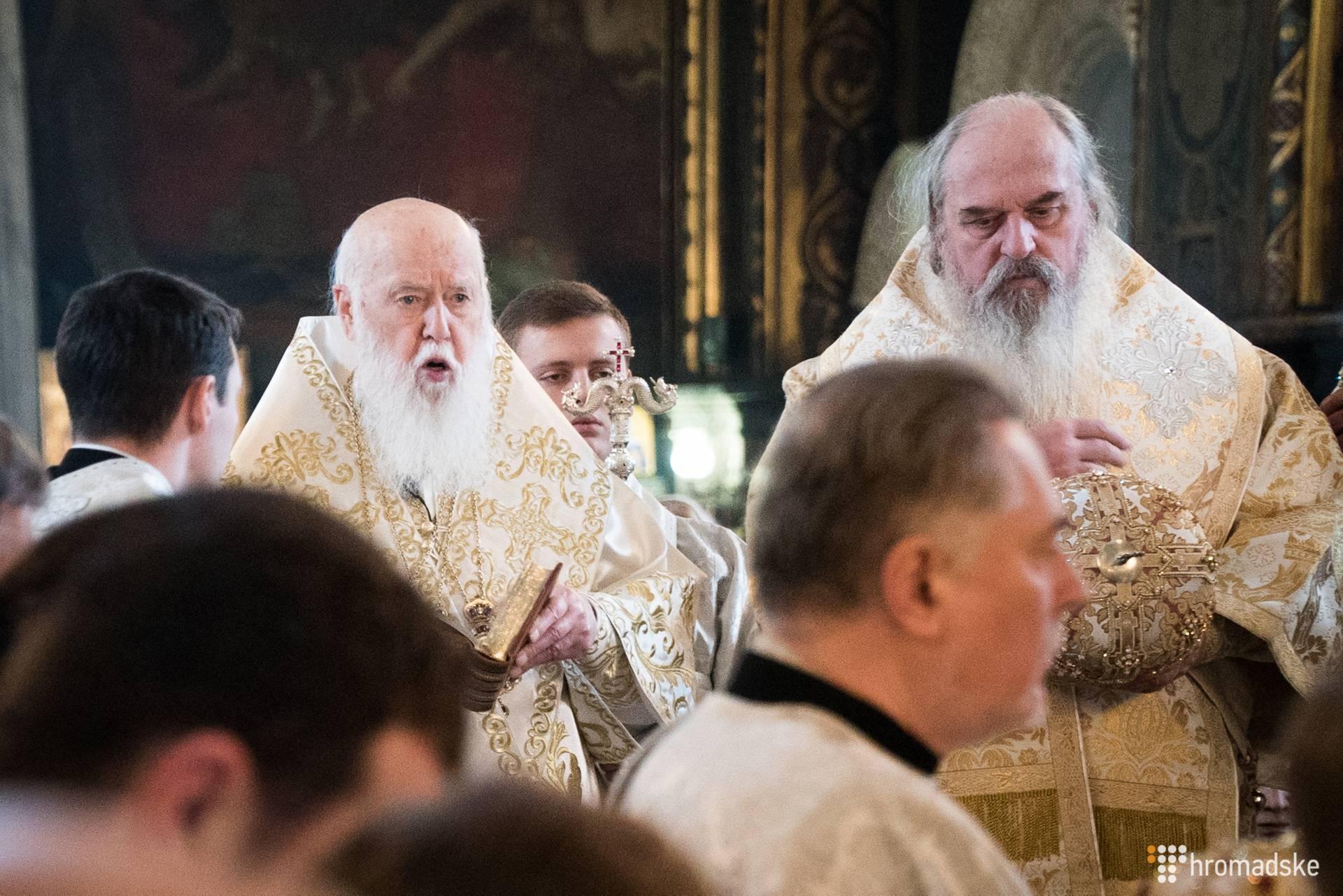 Колишній голова УПЦ КП Філарет (ліворуч) відслужив літургію у Володимирському соборі у день свого народження, Київ, 23 січня 2019 року. Філарету виповнилось 90 років