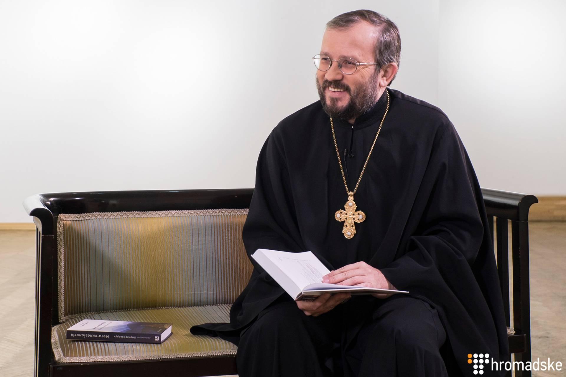Український богослов, публіцист, Архімандрит Кирило Говорун під час інтерв'ю Громадському, Київ, 17 грудня 2018 року