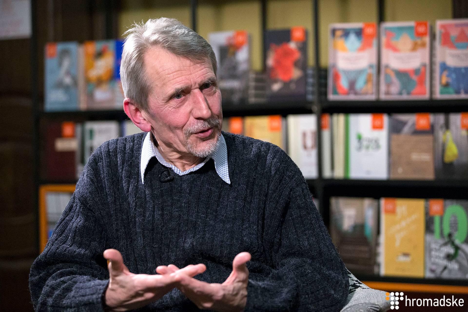 Письменник, публіцист Микола Рябчук під час інтерв'ю, Київ, 30 січня 2019 року