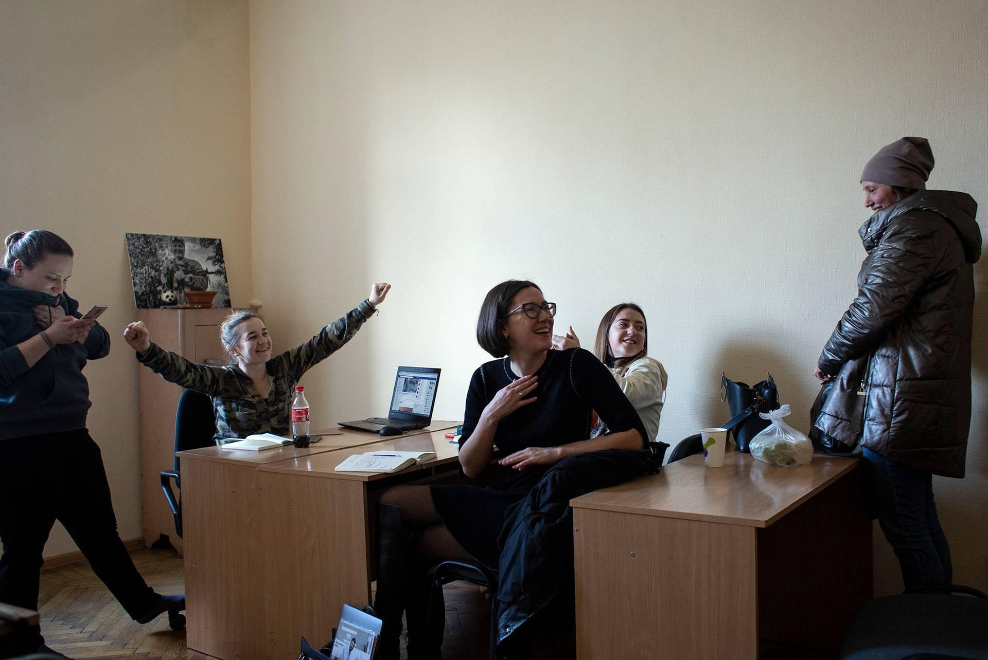Зустріч Жіночого ветеранського руху (об'єднує діючих жінок військових, ветеранок, добровольців, волонтерів і медиків), Київ, 7 березня 2019 року. Галина та Андріана — членкині руху