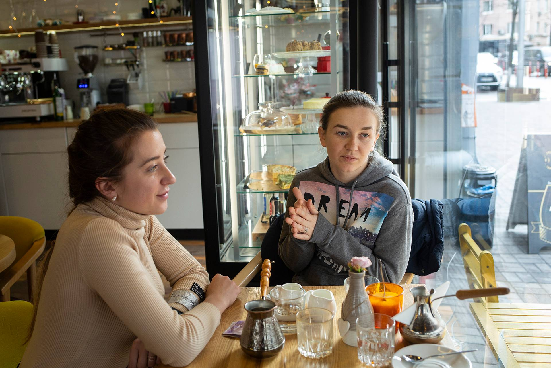 Галина Клемпоуз (ліворуч) та Андріана Сусак, Київ, 5 березня 2019 року