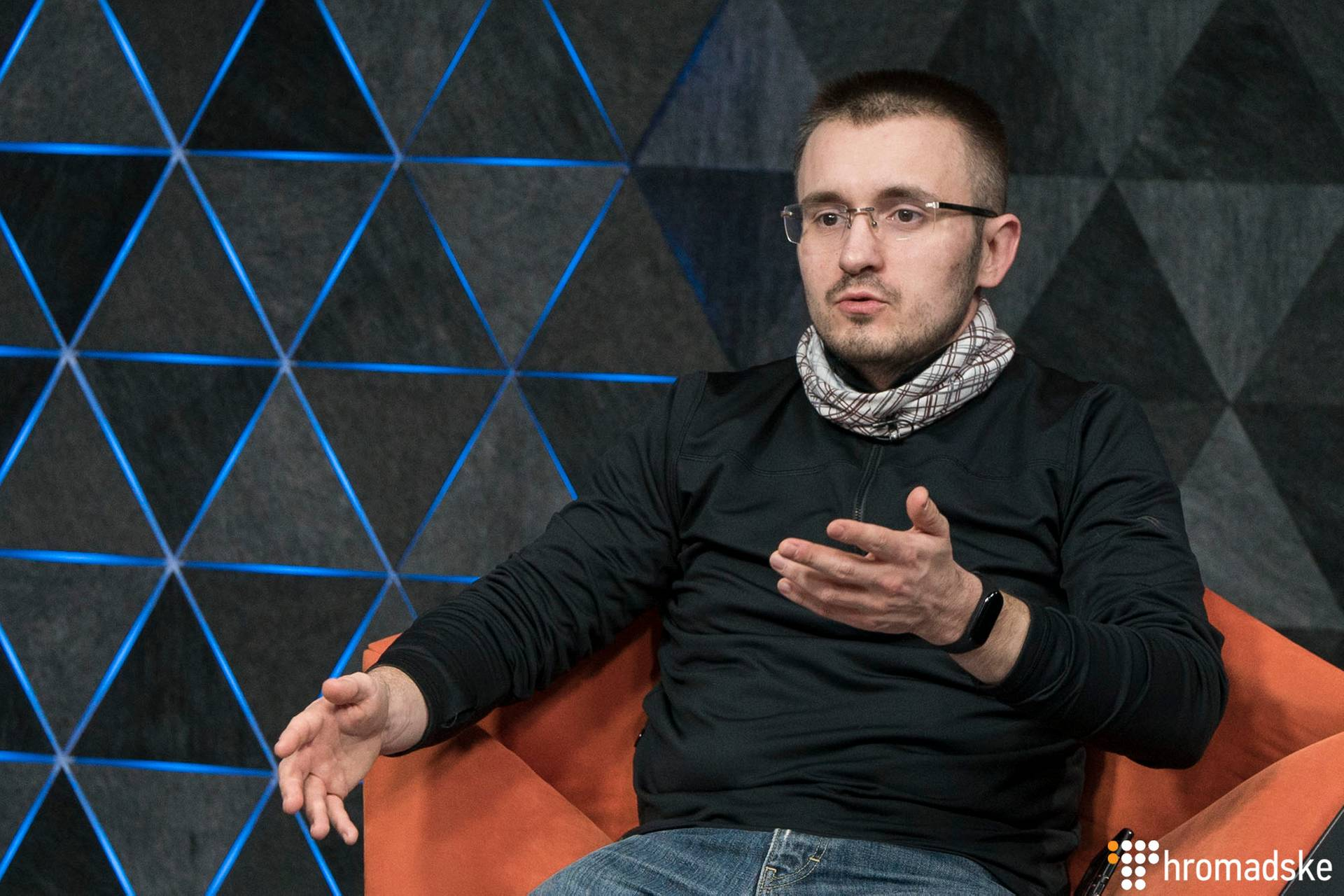 Журналіст-розслідувач Денис Бігус в студії Громадського в ефірі програми «Нині вже», Київ, 12 березня 2019 року