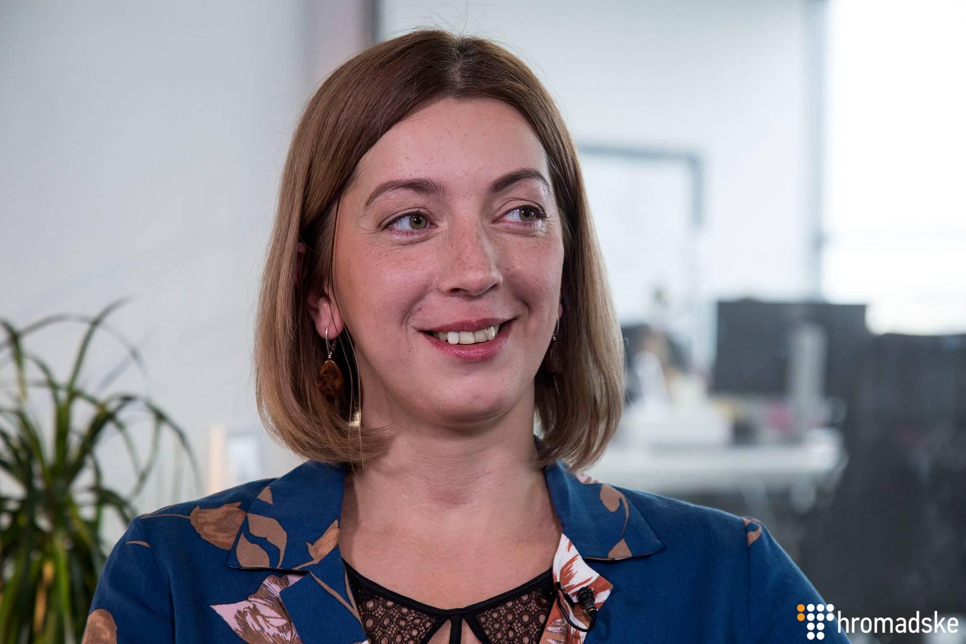 Журналістка Катерина Сергацкова під час інтерв'ю, Київ, 14 березня 2019 року