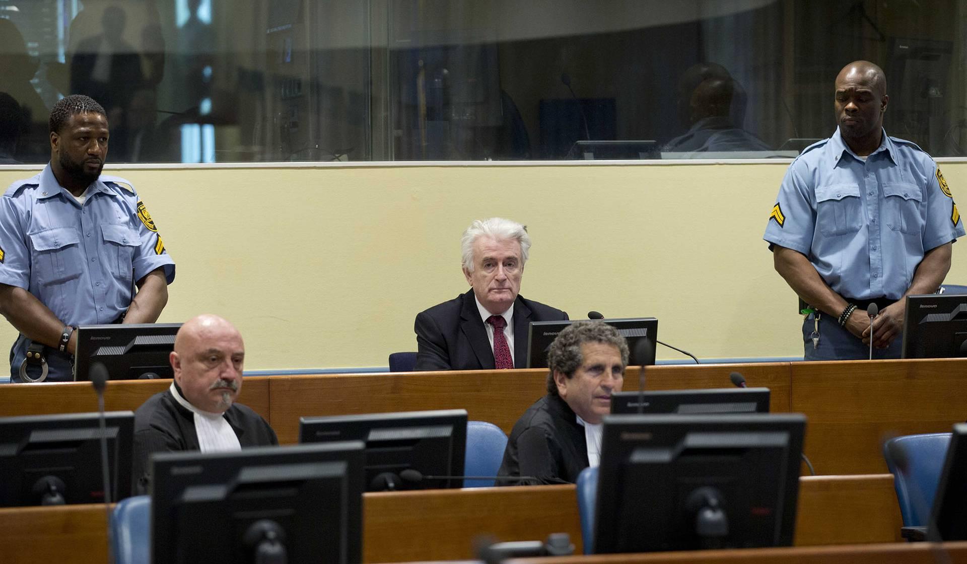 Колишній лідер боснійських сербів Радован Караджич в залі засідань Міжнародного кримінального суду, Гаага, Нідерланди, 20 березня 2019 року. Гаазький трибунал засудив Караджича до довічного ув'язнення