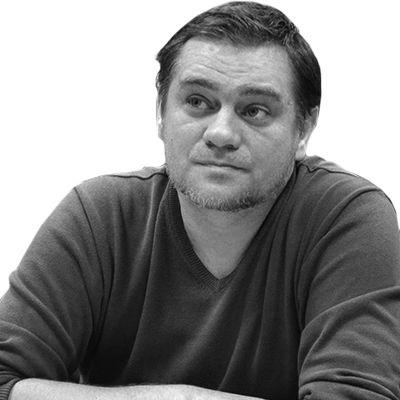 Юрій Ніколов