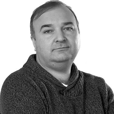 Влад Азаров