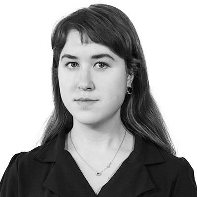 Олена Куренкова