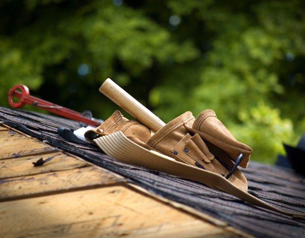 Bau einer Überdachung zur Lagerung von Zirkuszeltmaterialien