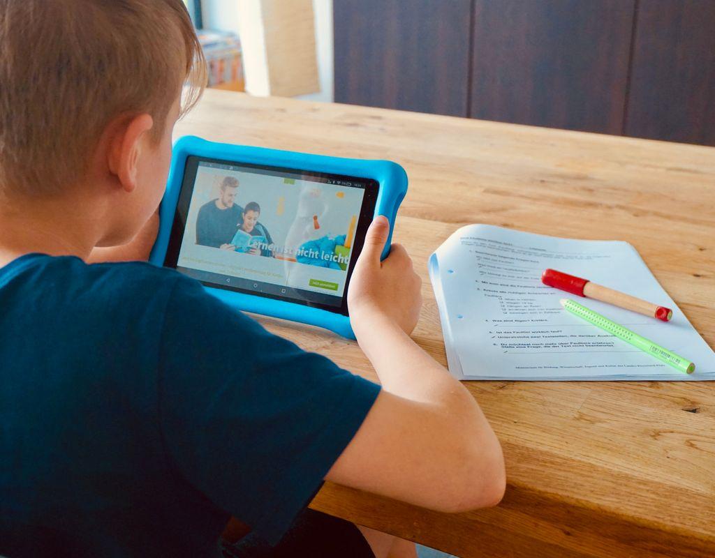 Digitale Lernförderung von zu Hause