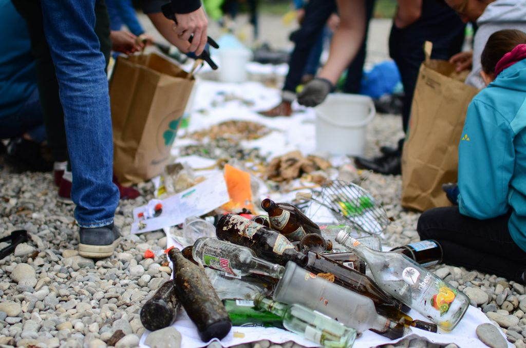 Clean-Up Event am Rhein