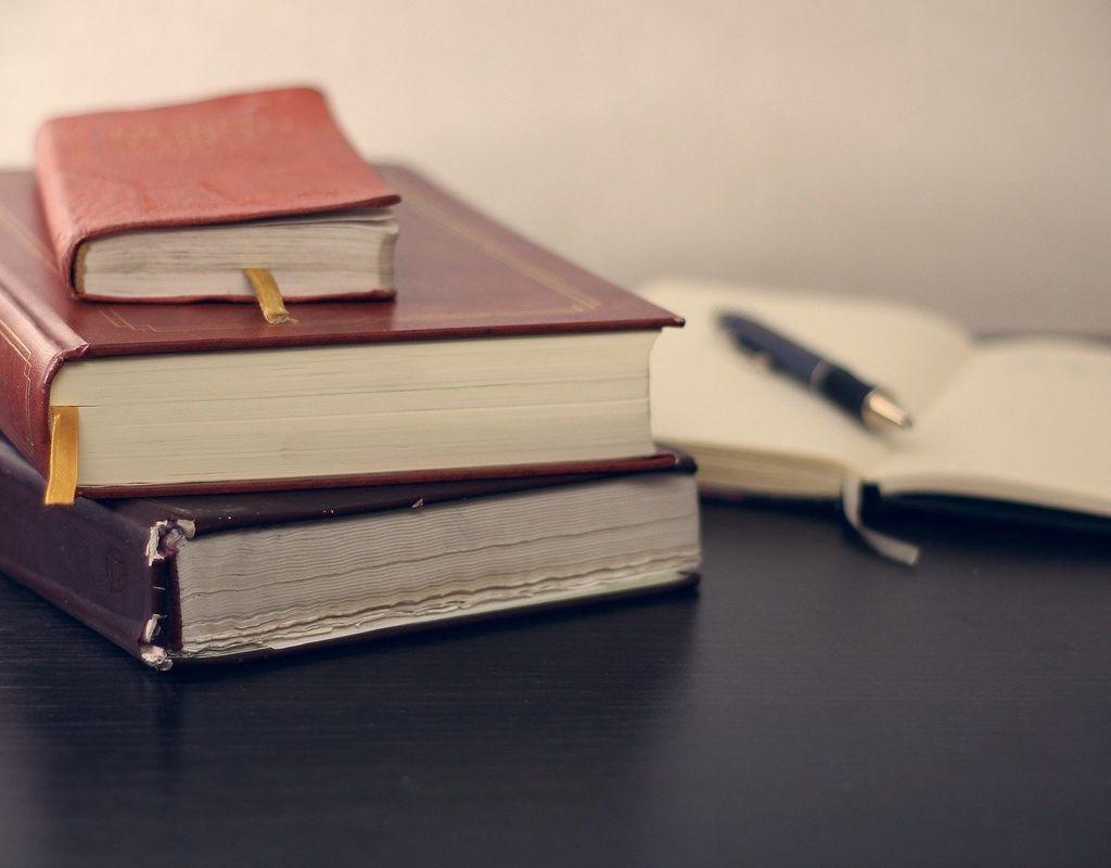Betriebswirtschaft, Deutsch-& Englischnachhilfe