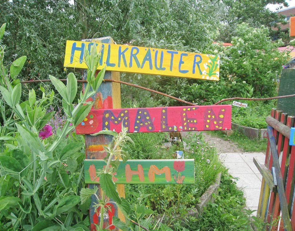 Bunte Gartenarbeiten im Kreativgarten Wilhelmsburg e. V.