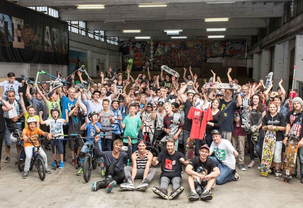 Unterstützung der Skatehalle