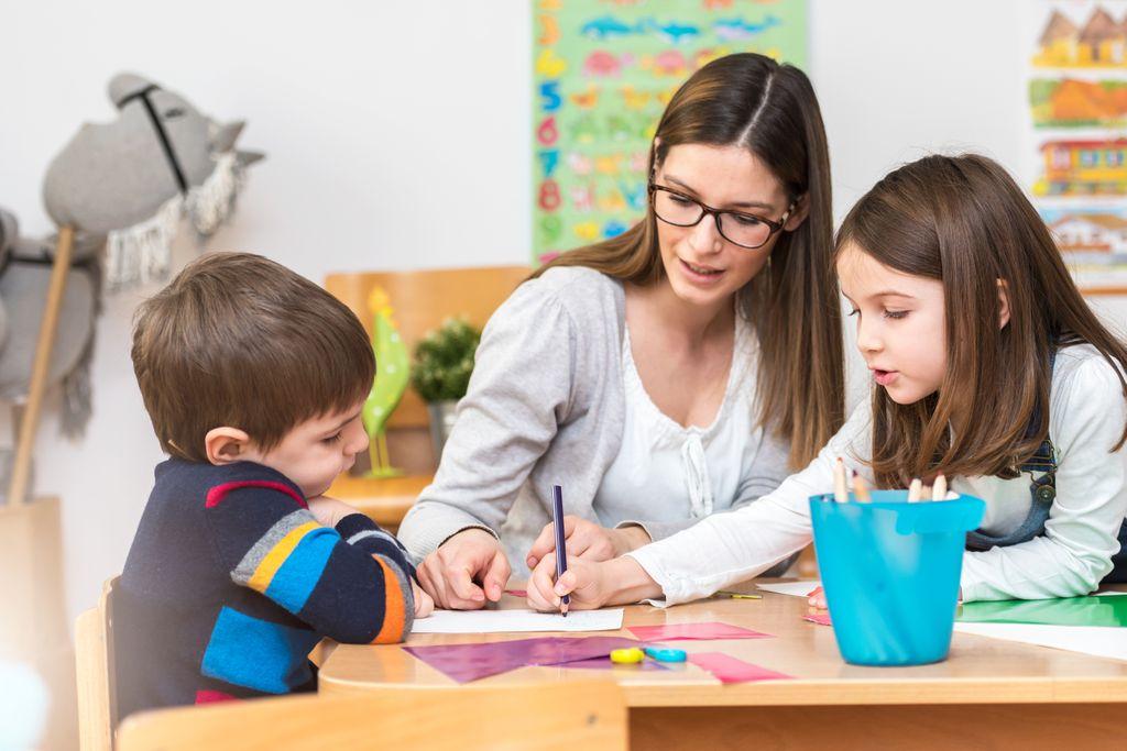 Ehrenamtliche für Hausaufgabenbetreuung