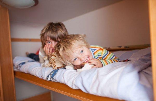 Afbeelding blog 'Kinderen die een kamer moeten delen'