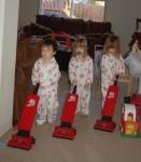 Afbeelding blog '19mnd en helpen in de huishouding? (incl home-made film)'
