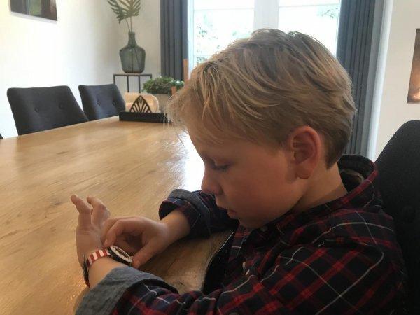 Afbeelding blog 'Zo leer je een 6-jarige klokkijken! '