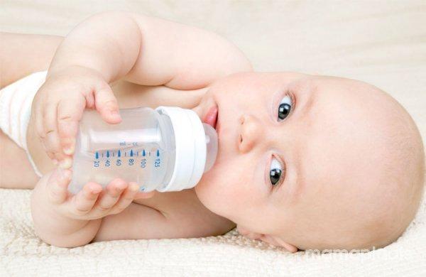 Wat Mag Een Baby Drinken Baby En Drinken