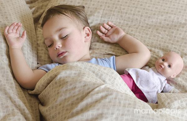 Van Ledikant Naar Groot Bed.Van Een Ledikant Naar Een Groot Bed Welk Bed Kies Je Mamaplaats