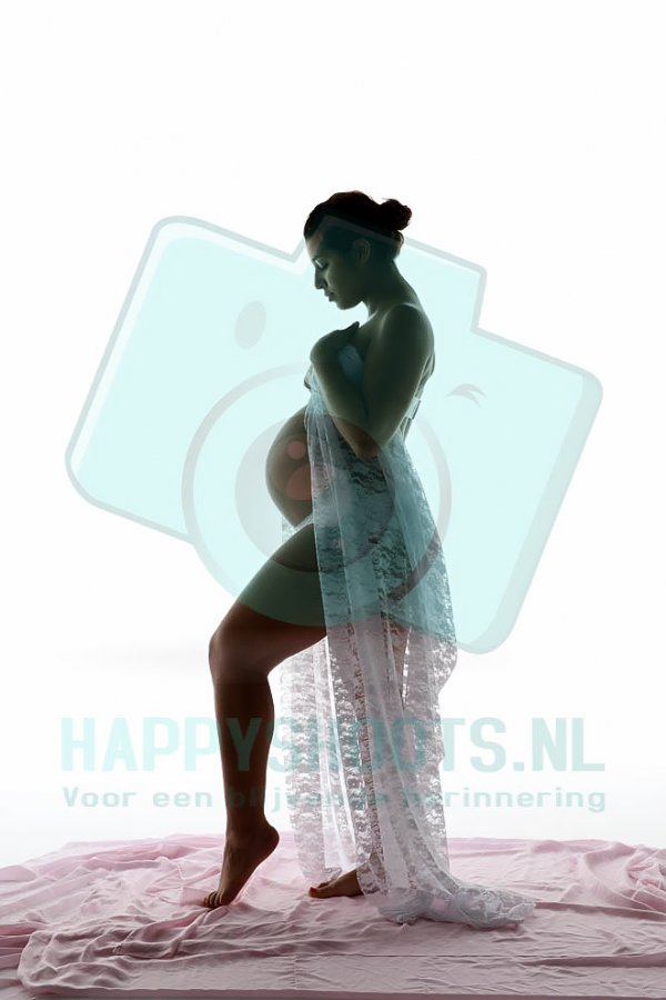 Afbeelding blog 'Een zwangerschapsfotoshoot! Yes, leuk! Denk ik..'