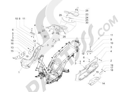 Piaggio BV 300 ie Tourer (USA) 2009-2011 Cubierta central - Estribos
