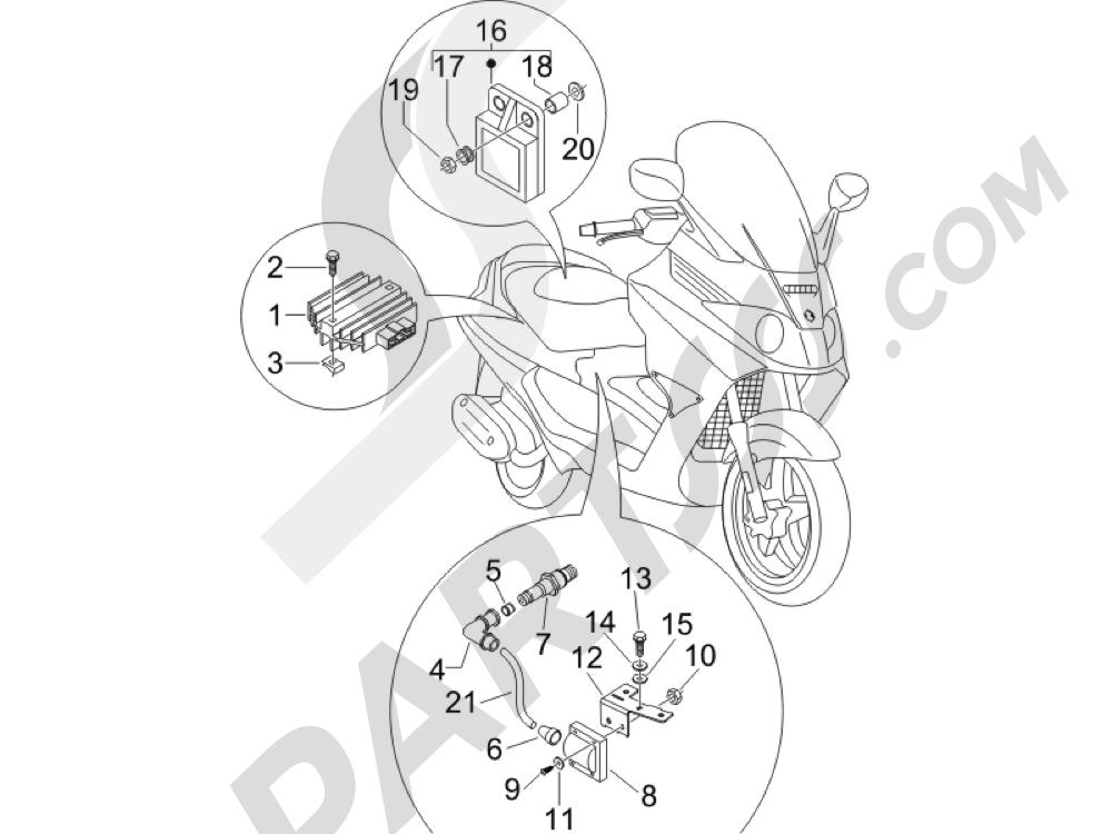 Piaggio X8 250 ie (UK) 2005-2008 Reguladores de tensión - Centralitas electrónicas - Bobina A.T.
