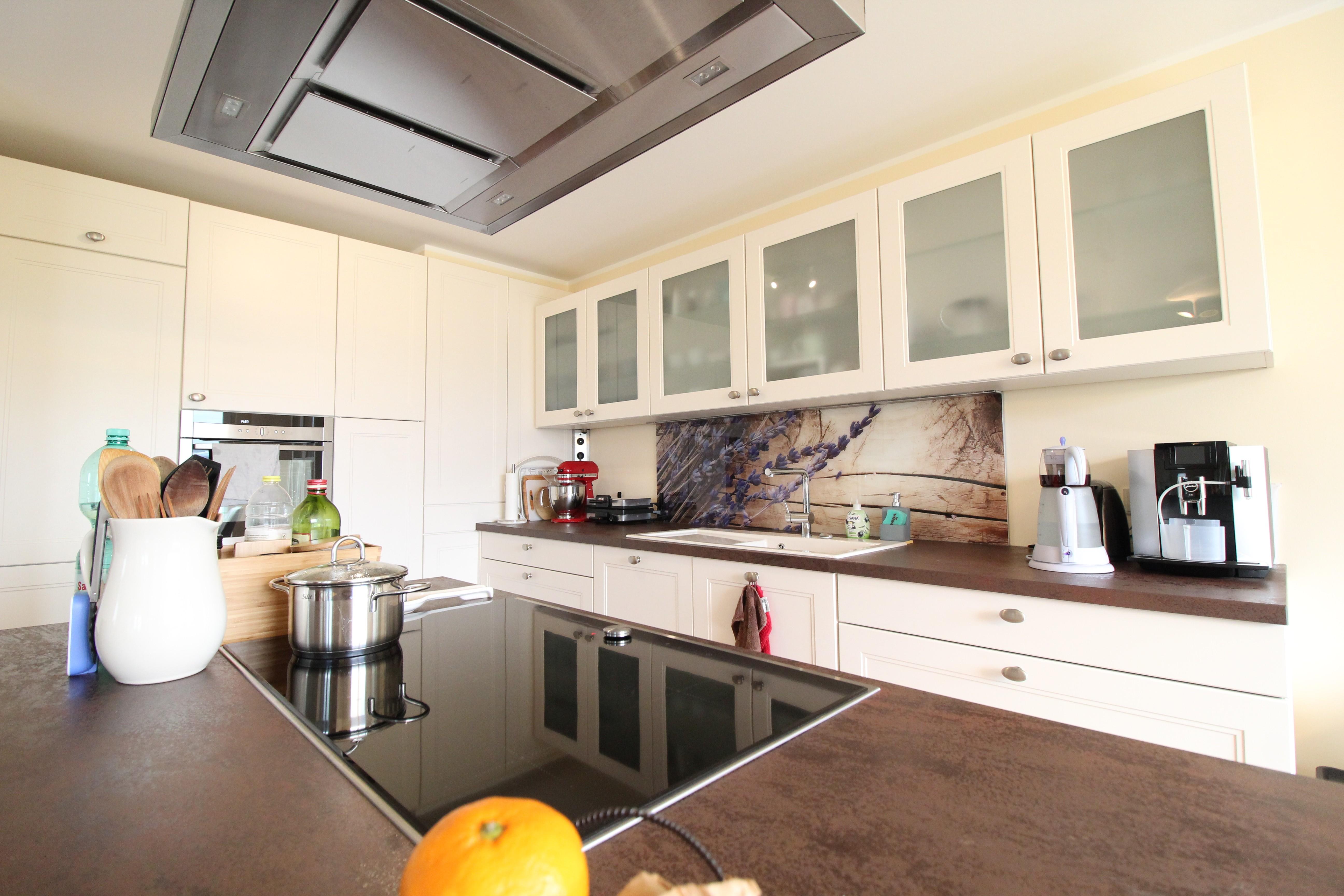 Moderne 4-Zimmer Wohnung mit hochwertiger Ausstattung ...