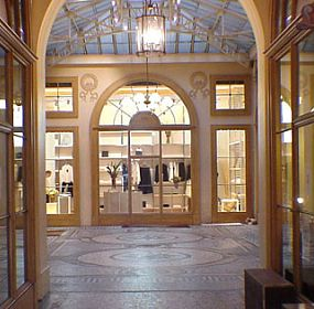 """O"" SHOP - Paris, France, 1998-1999"