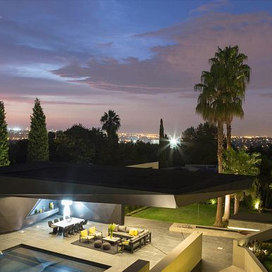 KLOOF ROAD HOUSE, Bedfordview, Johannesburg, South Africa
