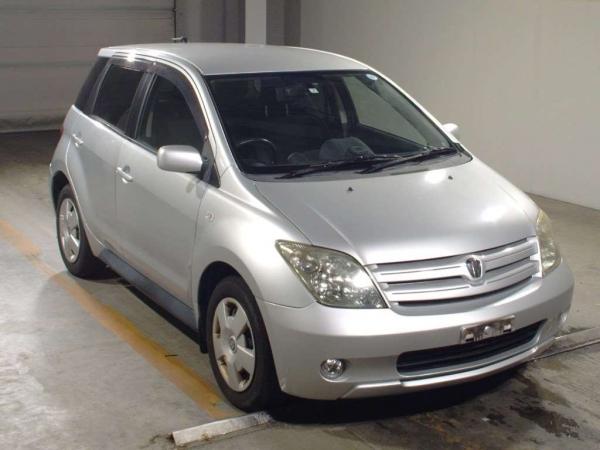 Buy Used Toyota Ist in Uganda Stock # 496156