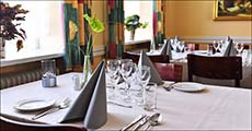 Nyd et ophold med udsøgt mad og vin!