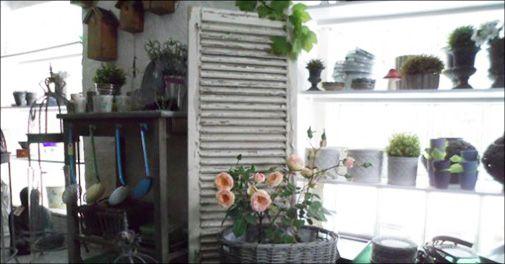 Hyggelig gårdbutik med brugskunst m.m.