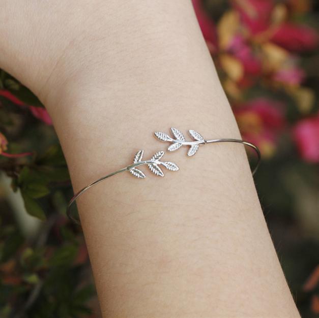 Мода элегантные листья женщин золото серебряный браслет ювелирных изделий