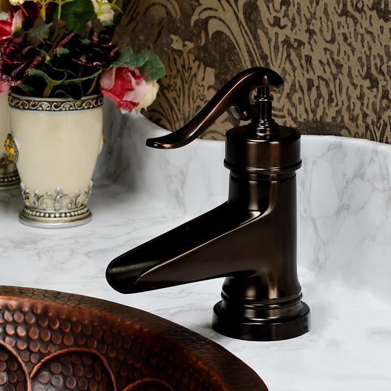 Ретро масло втирают бронзовый водопад ванной кран ручкой отверстие смеситель Новинка масло втирают бронзовый ванной бассейна кран vesse раковина смеситель одной ручкой новый tree697