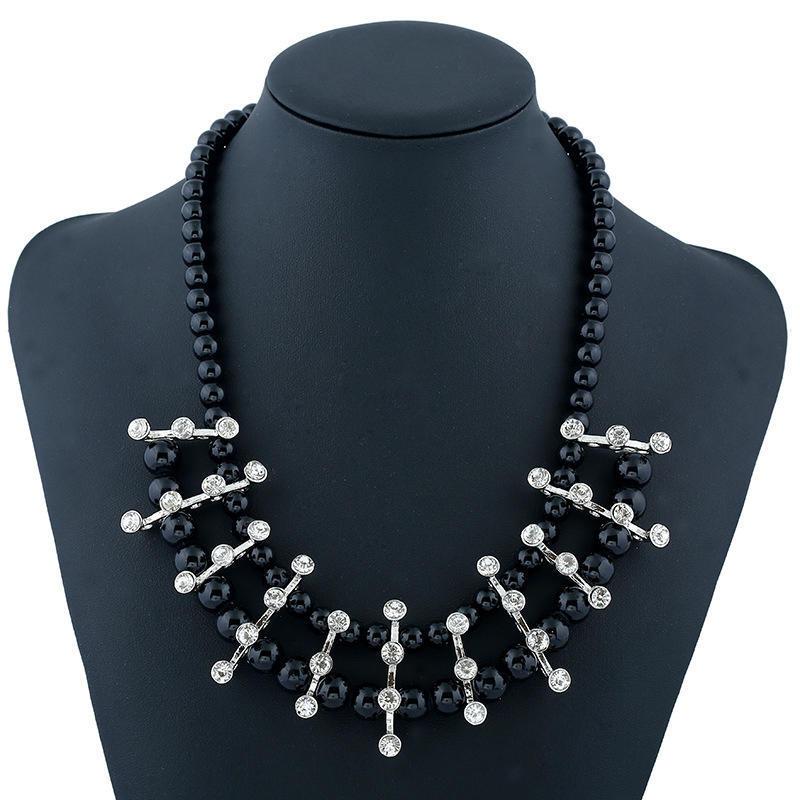 Модные женщины сплава Diamind инкрустированные ключицы бисером ожерелье вышивка бисером молящийся христос