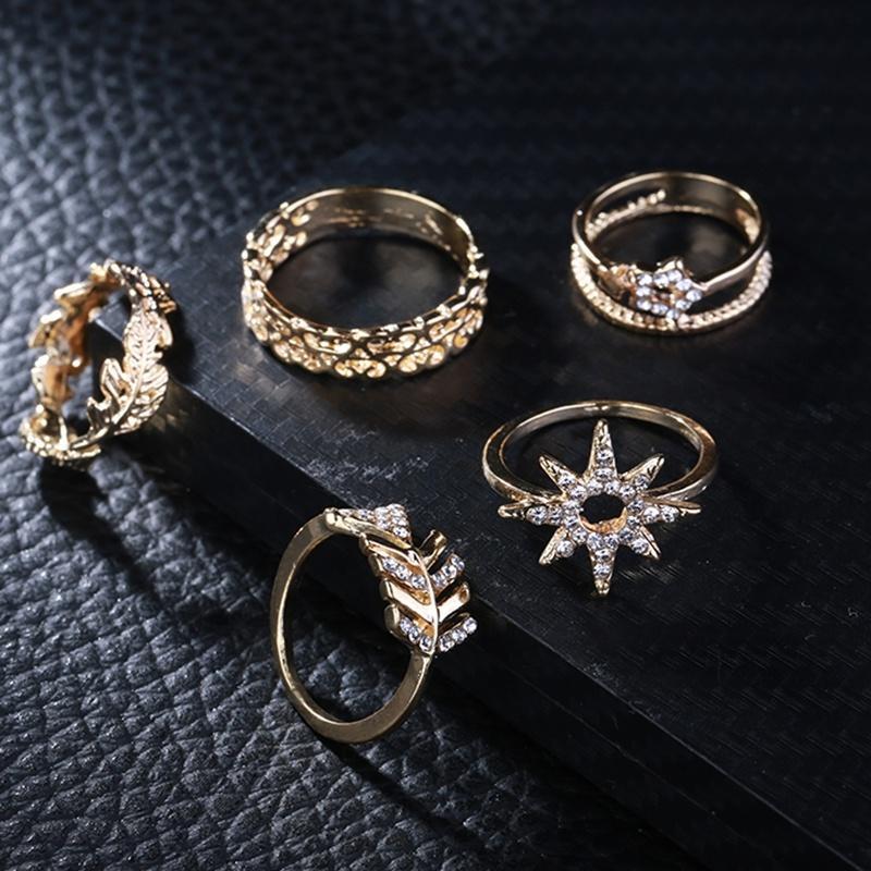 Кольцо женщин золотые кольца набор лист включают в себя 5 шт