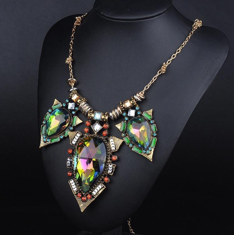 Моды Золотая цепочка смолы кристалл коренастый колье заявление ожерелье Bib