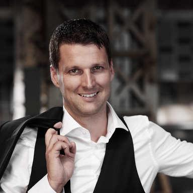 Profilbild von Anwalt Urs Hofer