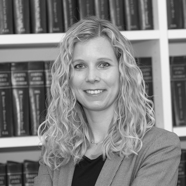 Profilbild von Anwältin Mirjam Holdener De Simone