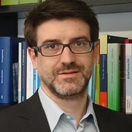 Profilbild von Anwalt Reto Joos