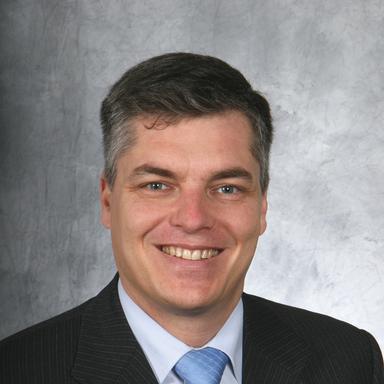 Profilbild von Anwalt Sven Oppliger