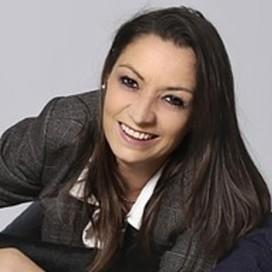 Profilbild von Anwältin Désirée van der Walt-Thürkauf