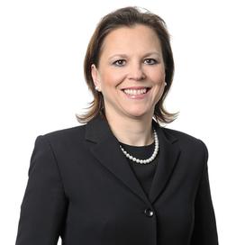 Profilbild von Anwältin Kinga M. Weiss-Kondorosy