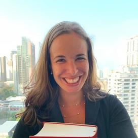 Profilbild von Anwältin Raphaëlle Nicolet