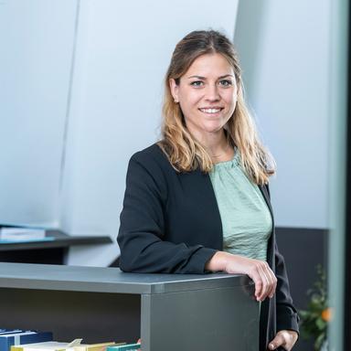 Profilbild von Anwältin Bettina Aebi