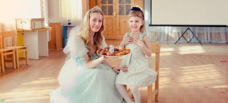 Золушка и маленькая принцесса.