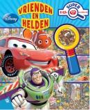Disney Pixar Vrienden en Helden super kijk- en zoekboek met vergrootglas
