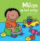 Milan op het potje